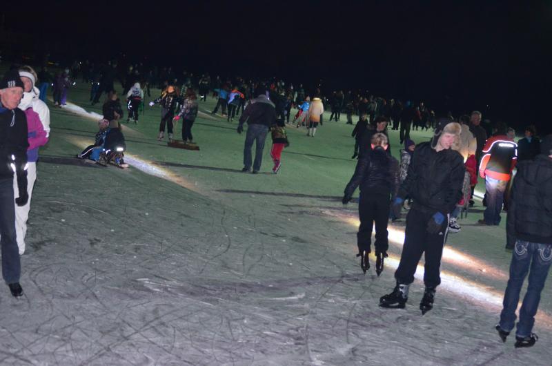 ijsbaan op gras
